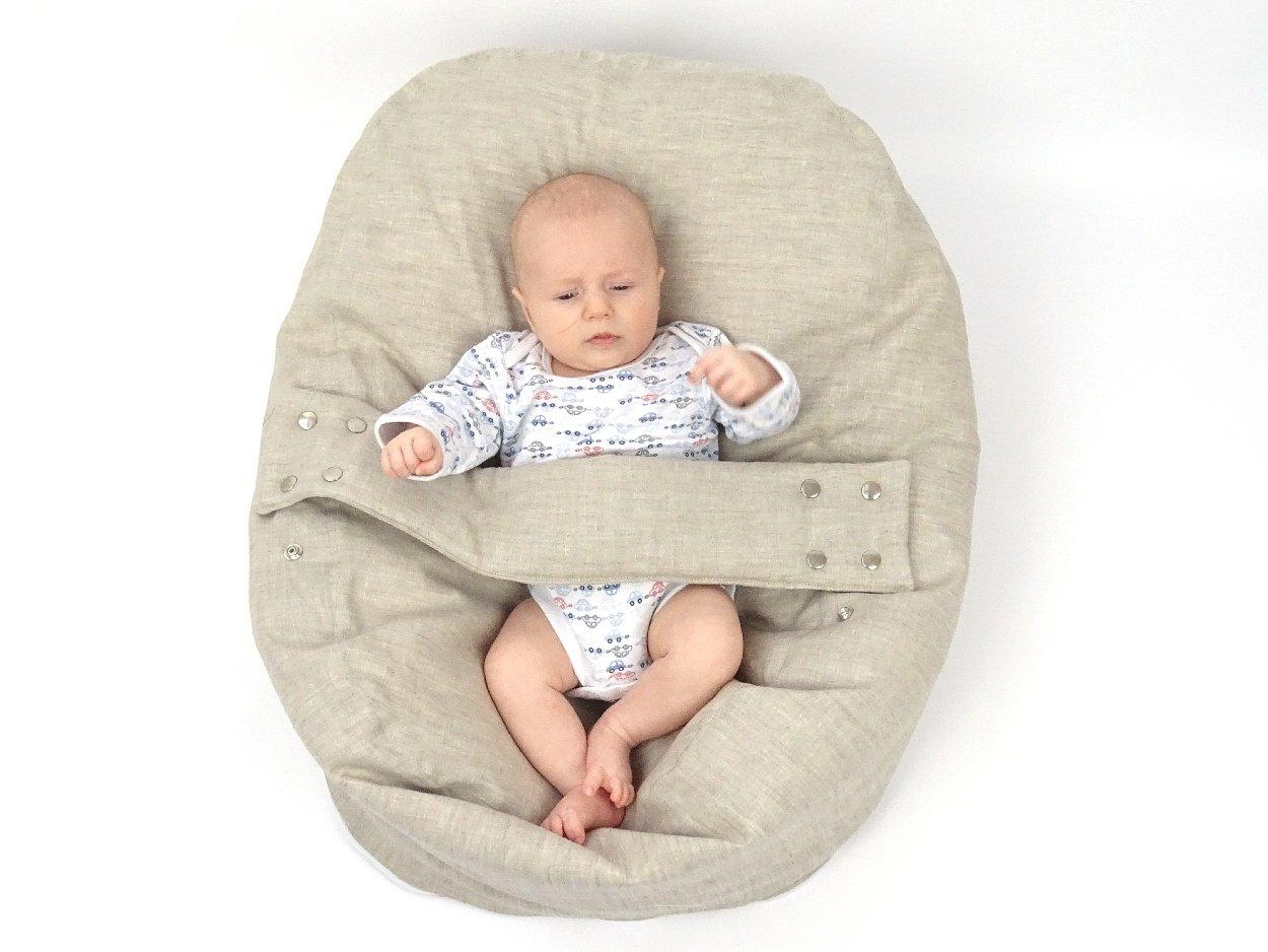 Liegekissen für Babys mit Bezug aus Bioleinen