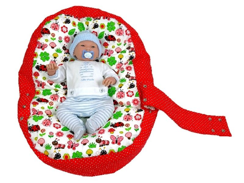babyliegekissen-marienkaefer-rot-baby-2-346aacc8