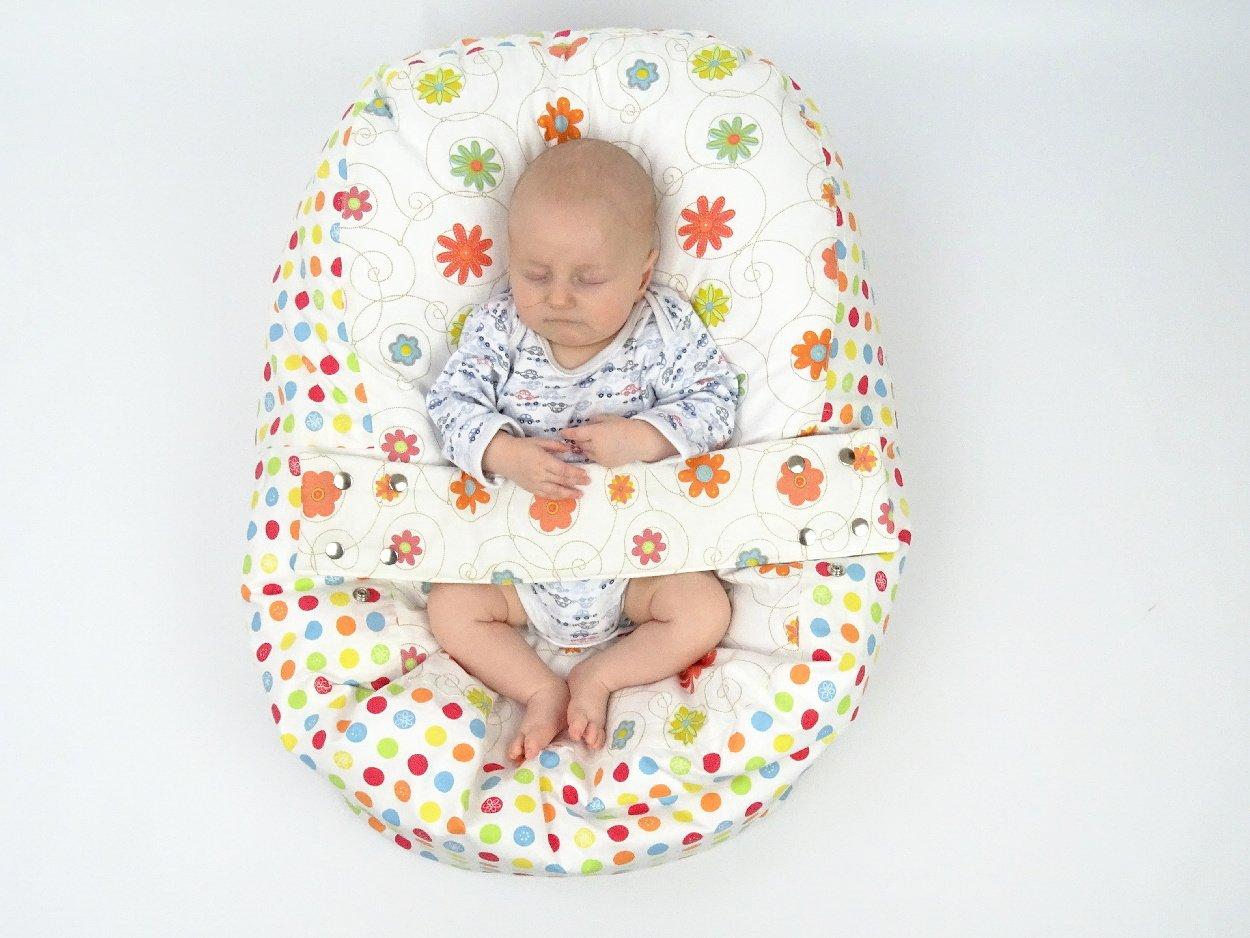 Babykissen für erholsamen Schlaf und sichere Lagerung beim Füttern