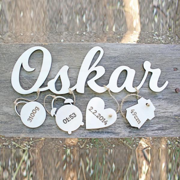 Namensschild aus Holz mit Gravur
