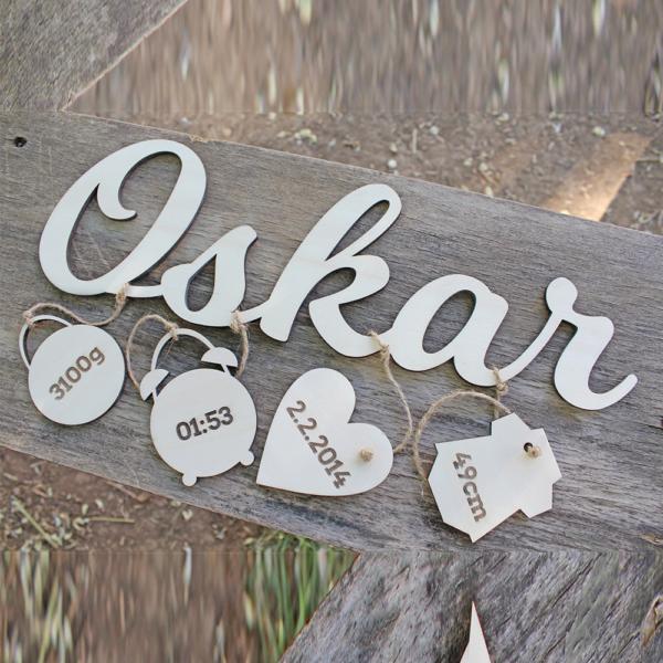 Name aus Holz als Geschenk zur Geburt oder Taufgeschenk