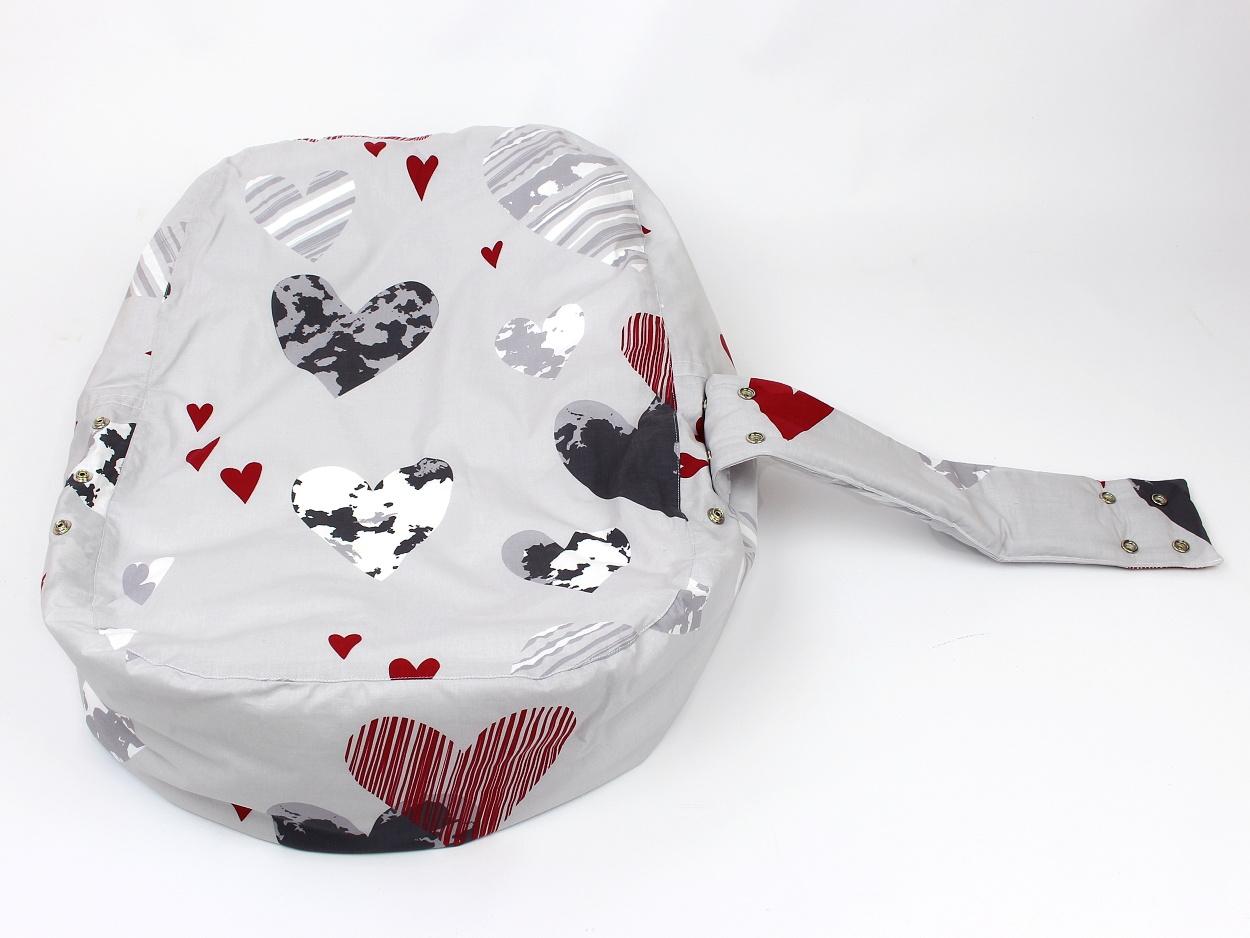 Liegekissen Herzchen grau rot 10