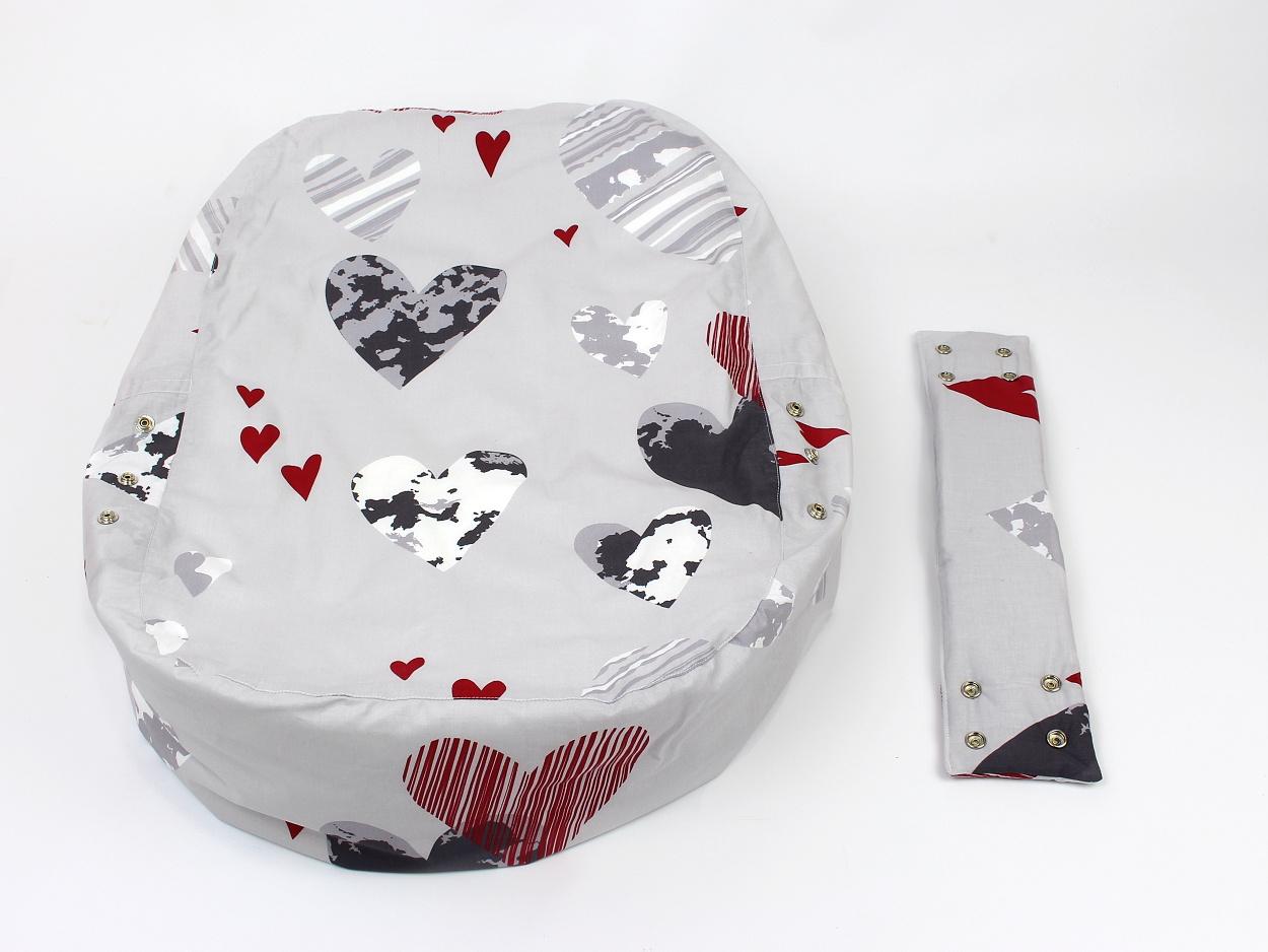 Liegekissen Herzchen grau rot 11